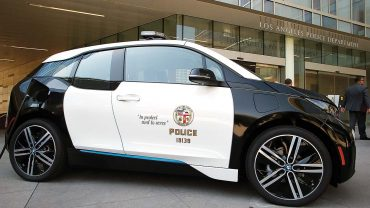 LAPD orders 100 electric BMW city cars: