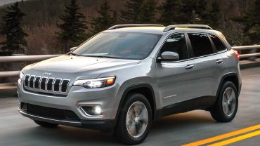 Jeep moves the Cherokee in a less radical direction: