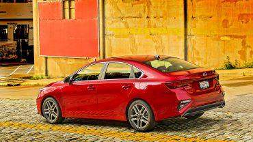 2019 KIA FORTE: A not-so-compact sedan comes with midsize attitude