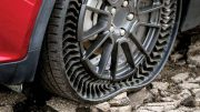 GM begins testing of new Michelin airless tire/wheel package: